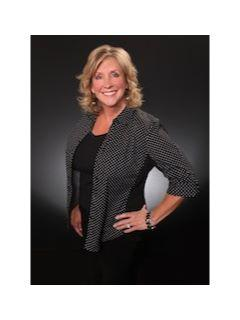 Lynne Weigand of CENTURY 21 Experience