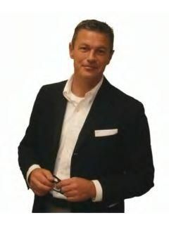 Jamie Broadhurst of CENTURY 21 Broadhurst
