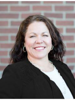 Lynn Chandler of CENTURY 21 Tri-Cities