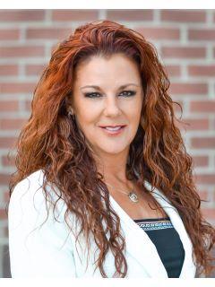 Kimberly Schulz of CENTURY 21 Tri-Cities