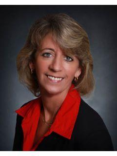 Pamela Palash of CENTURY 21 Ross Group