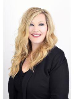 Mandi Ozuna of CENTURY 21 Tri-Cities