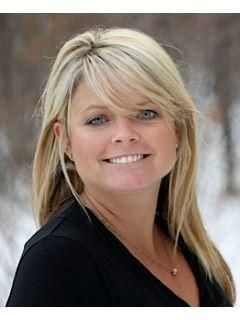 Kelli Powers of CENTURY 21 Gold Rush