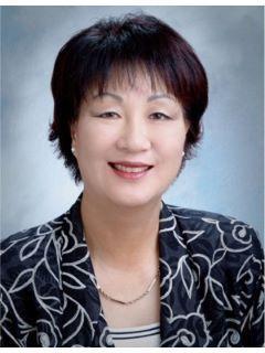 Clara Chang of CENTURY 21 CARE