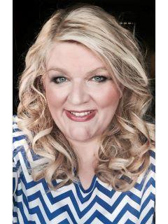 Caryn Walsh of CENTURY 21 Sweyer & Associates