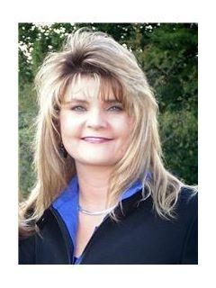 Angie Warlick of CENTURY 21 Town & Country Realty
