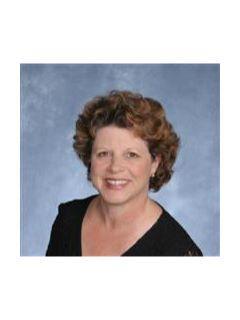 Lynn Connolly of CENTURY 21 Alliance
