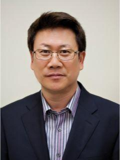 Andrew Kim of CENTURY 21 Real Estate Center photo