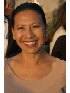 Virginia Swanson of CENTURY 21 Award