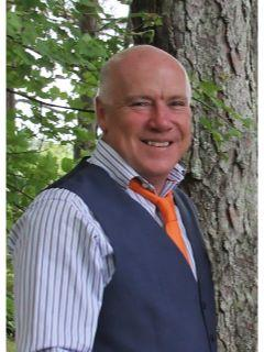 Lyell Reed of CENTURY 21 Farm & Forest