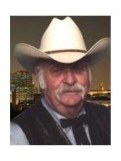 Frank Lankford of CENTURY 21 Lakes, Land & Auction