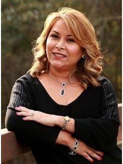 Elena Acosta of CENTURY 21 Hilltop