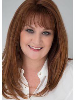 Shelley Panas of CENTURY 21 Beggins Enterprises