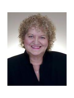 Rosemarie Norcutt of CENTURY 21 Award