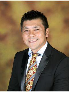 Aaron Chang of CENTURY 21 Astro