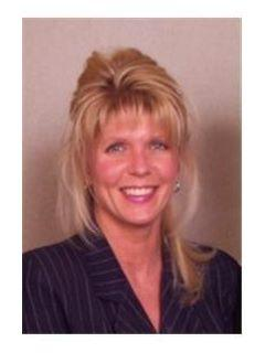 Kimberly Burns of CENTURY 21 The Real Estate Centre