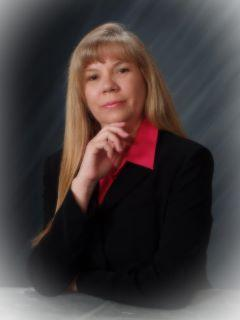 Marli Grinberg of CENTURY 21 Myers Realty
