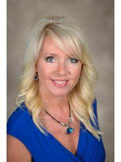 Sandy Deaton of CENTURY 21 Results Realty Services