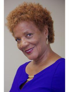 Selethea Scott of CENTURY 21 America's Choice