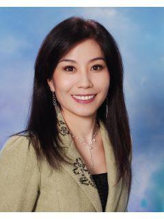 Vivian Chang of CENTURY 21 CARE photo