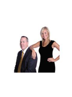 The Linder/McClurg Team of CENTURY 21 Scheetz