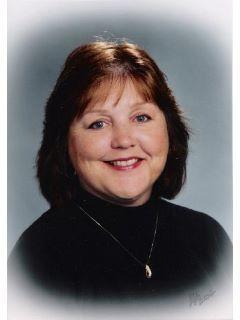 Carolyn Fox of CENTURY 21 Affiliated