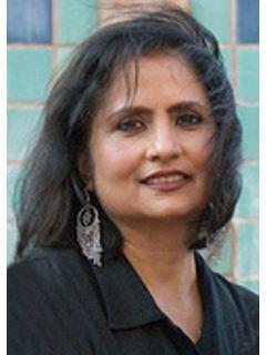 Purnima Prakash of CENTURY 21 MM