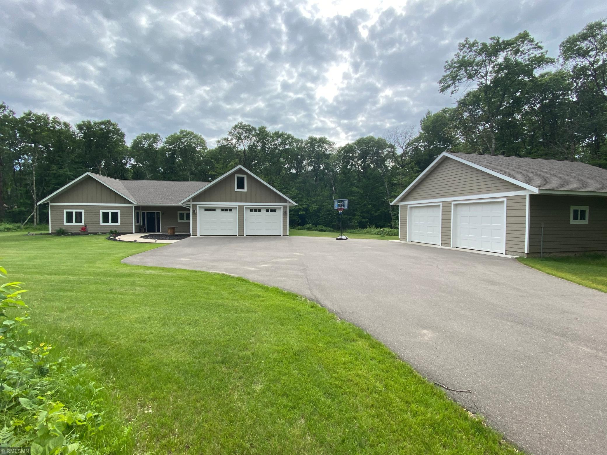 Property Image for 31807 Robinhood Lane