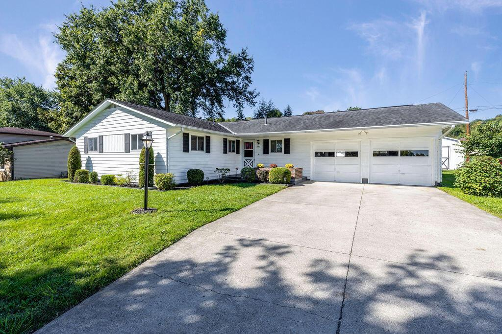 Property Image for 807 Country Club Drive