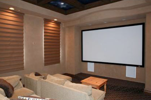 The 5 Best Man Caves for Watching Football