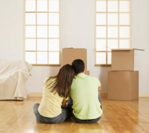 Moving Advice You Should NOT Take From People in Stock Photos image 2
