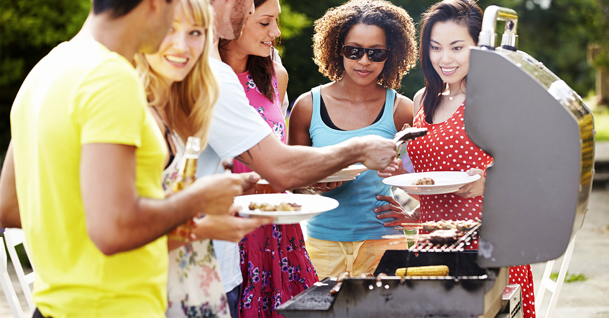 Your Guide to Hosting a Backyard BBQ