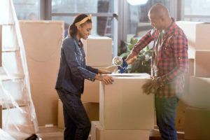 4 Tips for Hiring a Dependable Moving Company